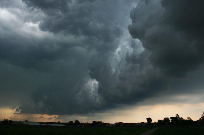 Tornano i temporali: domani nuova allerta meteo